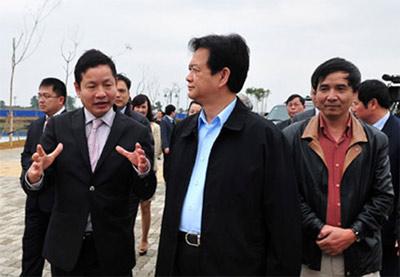 Thủ tướng Nguyễn Tấn Dũng đến thăm khu công nghệ cao Hòa Lạc ngày 13/2.