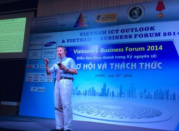 Ông Lê Trung Nghĩa tại chương trình. Ảnh: ybahcm.com.vn