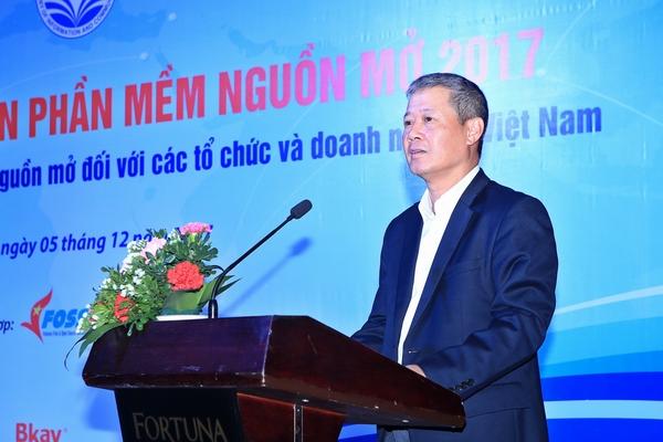 Thứ trưởng Bộ Thông tin và Truyền thông Nguyễn Thành Hưng phát biểu tại Hội thảo