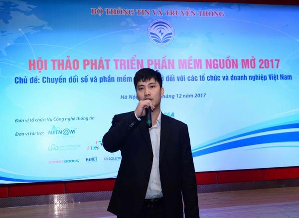 Thứ trưởng Bộ TT&TT Nguyễn Thành Hưng cho rằng, trong quá trình chuyển đổi số này, thách thức lớn đối với cộng đồng nguồn mở là phải làm thế nào để có sự liên kết và tạo được sự tin tưởng với các tổ chức, doanh nghiệp để có thể đóng góp nhiều hơn cho quá trình chuyển đổi số.