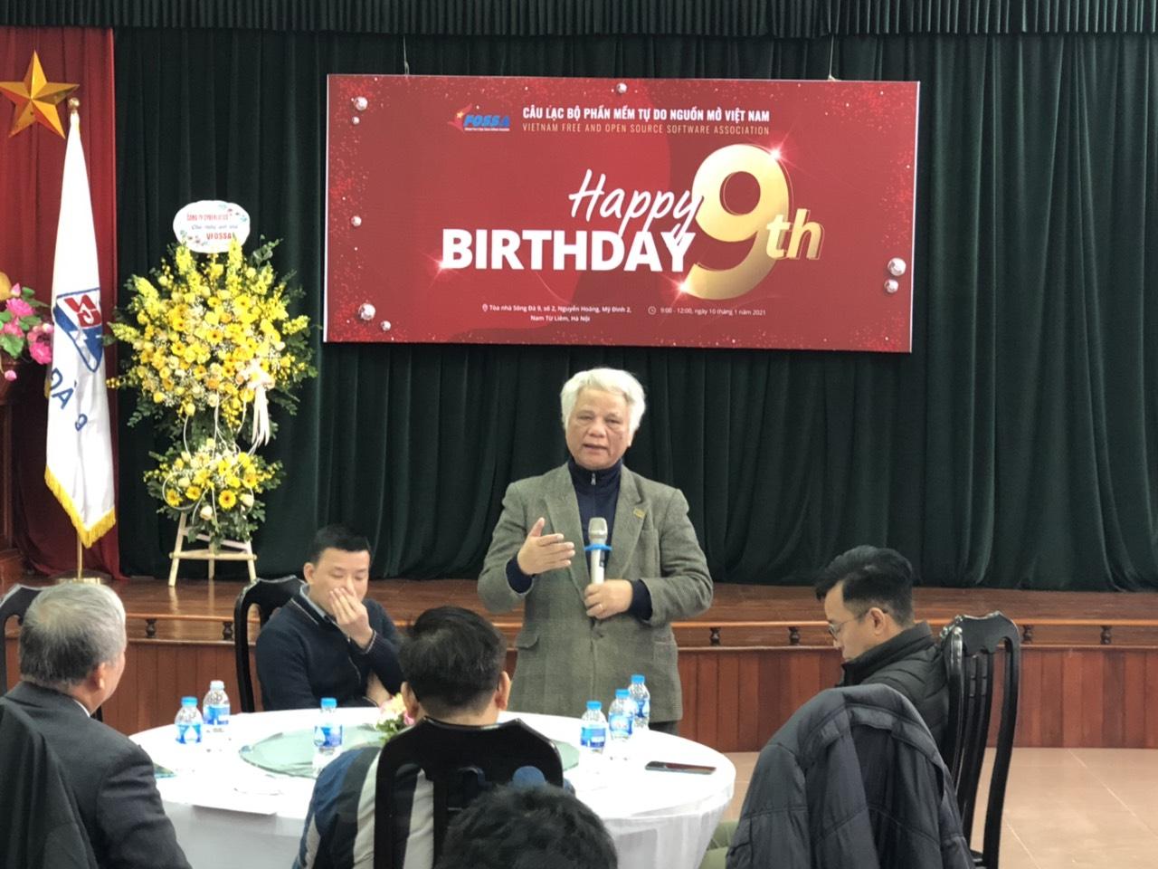 Ông Phùng Văn Ổn phát biểu tại sự kiện